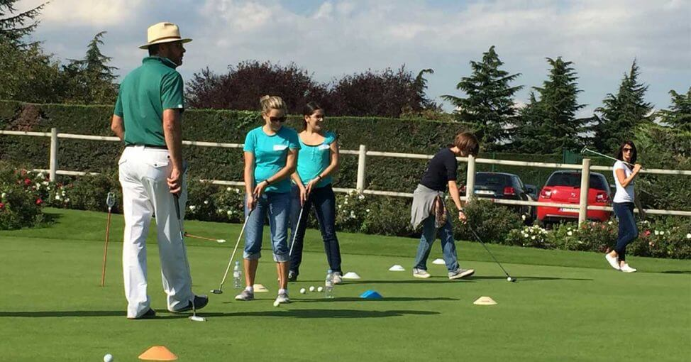 team building golf cu yes academy imagine teren 1200x628